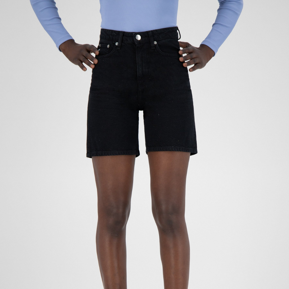 Mud Jeans | Short Beverly - Dip Black